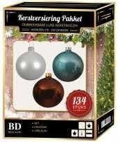 134 stuks kerstballen mix wit ijsblauw bruin voor 180 cm boom