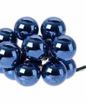50x donkerblauwe mini kerstballen kerststukje stekers 2 cm glans